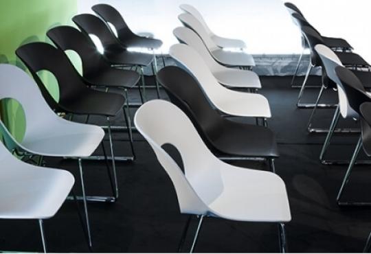 chaise hole white Designer Claudio Francesco Bellini